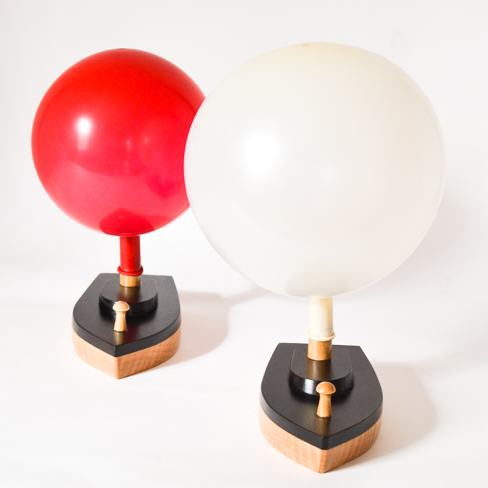 Balloon-Powered Wooden Toy Boat: 2 Small Racing Boats - Adventure in a Box