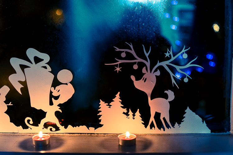 Printable Christmas Window Silhouettes. Nighttime view.