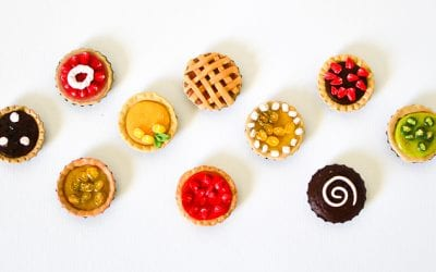 Make Miniature Pies with Kids: Bottle Caps & Polymer Clay Craft