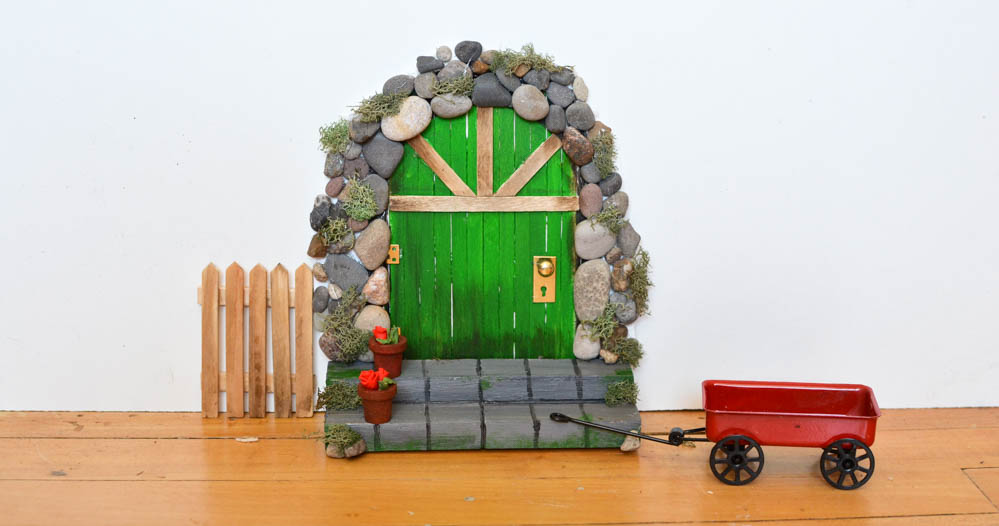 How to Make a Fairy Door from Popsicle Sticks