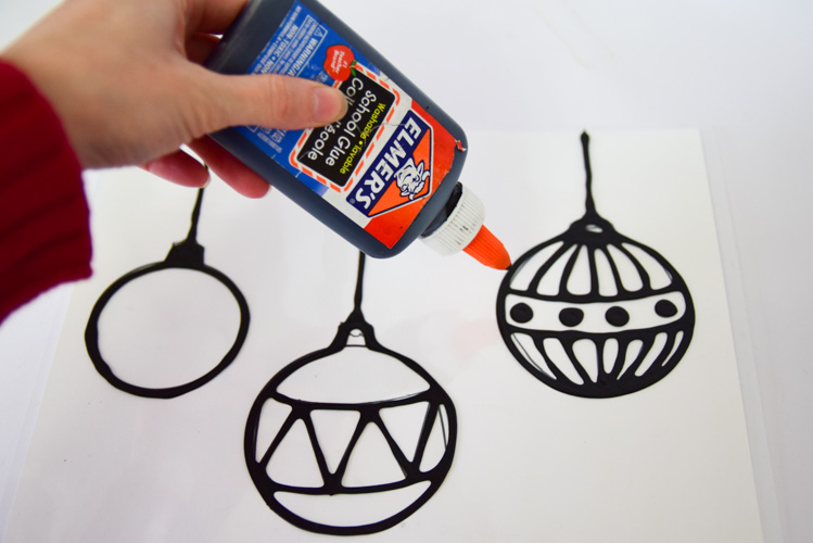Creating suncatcher templates with black glue
