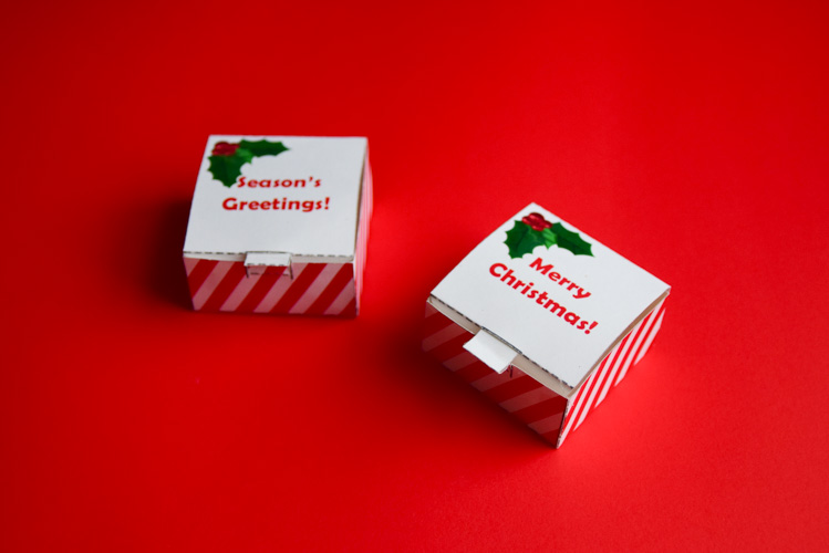 There are three jack-in-the-box templates: Merry Christmas, Season's Greetings, and a blank one