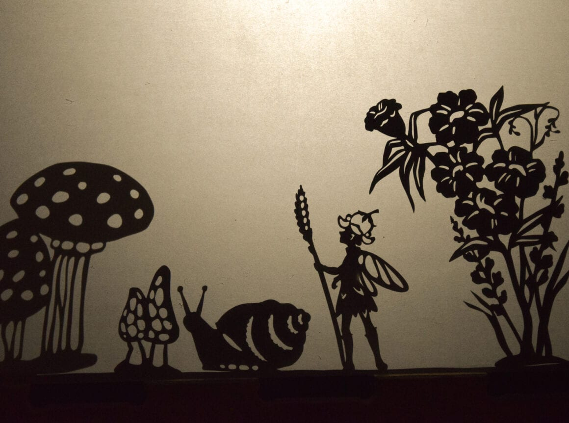 Fairy puppet: herding snails