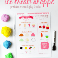 Pretend Play Set: Ice Cream Shoppe