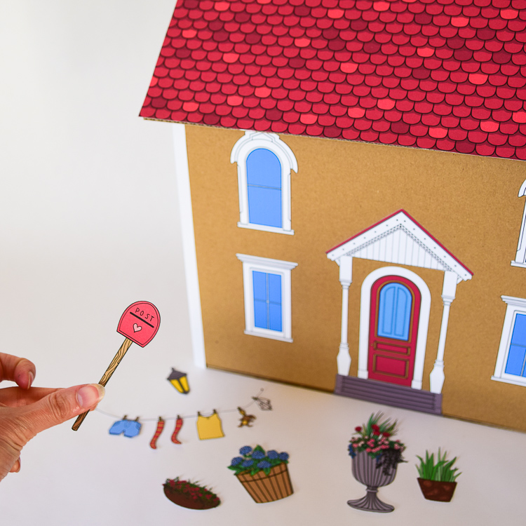 Free Printable Templates to Glue onto the Dollhouse