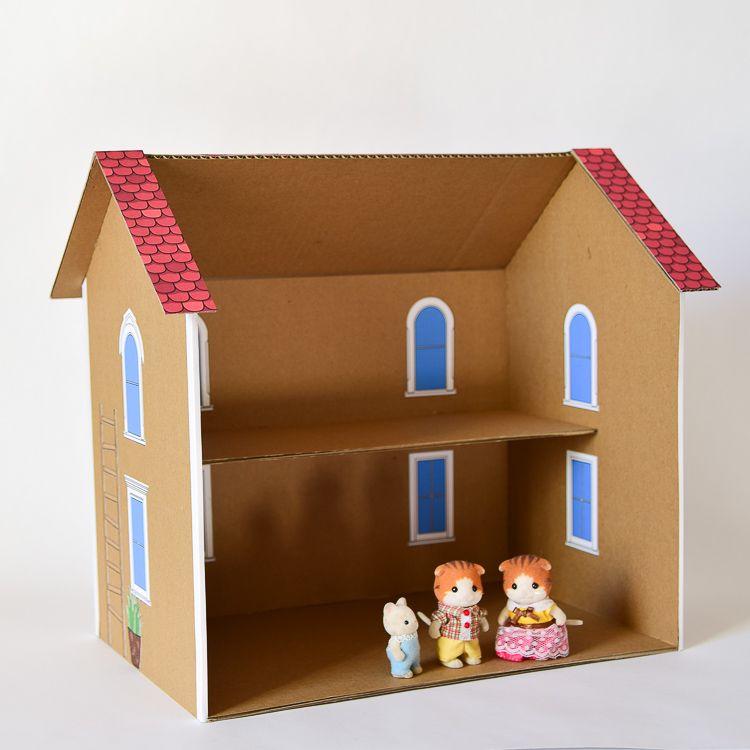 DIY Dollhouse for Calico Critters